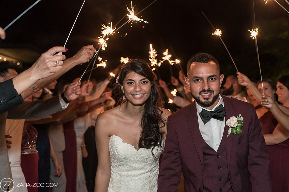 Wedding Photo Couple with Sparklers