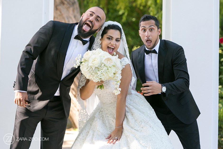 Fun Wedding Photos Bride and her Brothers ZaraZoo