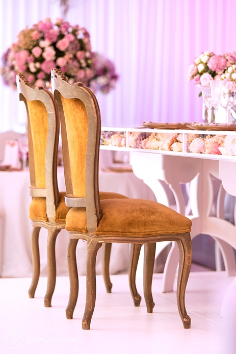 Wedding Chairs and Decor